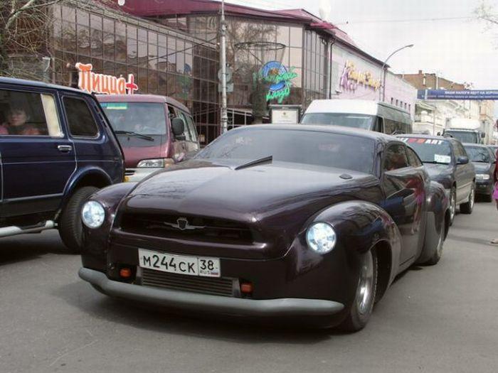В Иркутске, из старой иномарки, парни собрали уникальное авто.  Теперь по улицам города рассекает эта красавица.