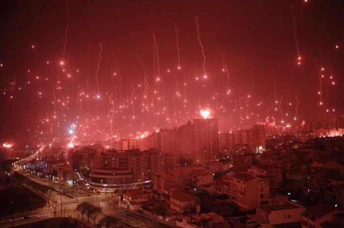 Signal Flares (9 pics)