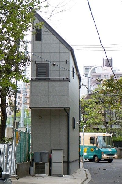 Very Thin Japanese Houses (25 pics)