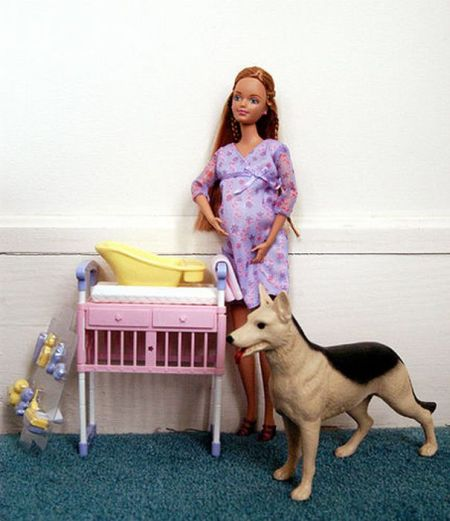 Barbie's Pregnant Friend Midge (18 pics)
