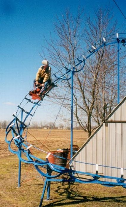 Homemade Roller Coaster (24 pics)