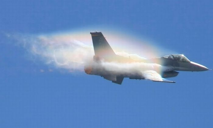 Jets Travelling at Transonic Speed (24 pics)