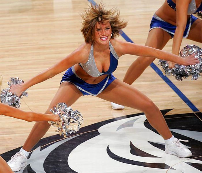 NBA Cheerleaders (81 pics)