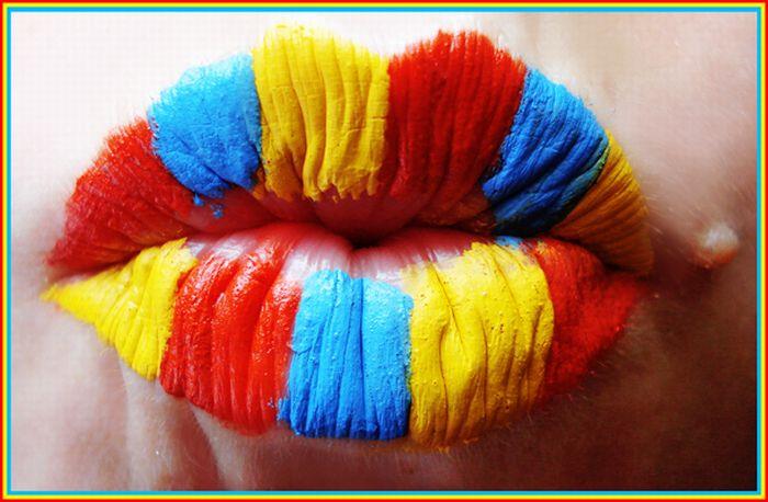 Awesome Lip Art (23 pics)