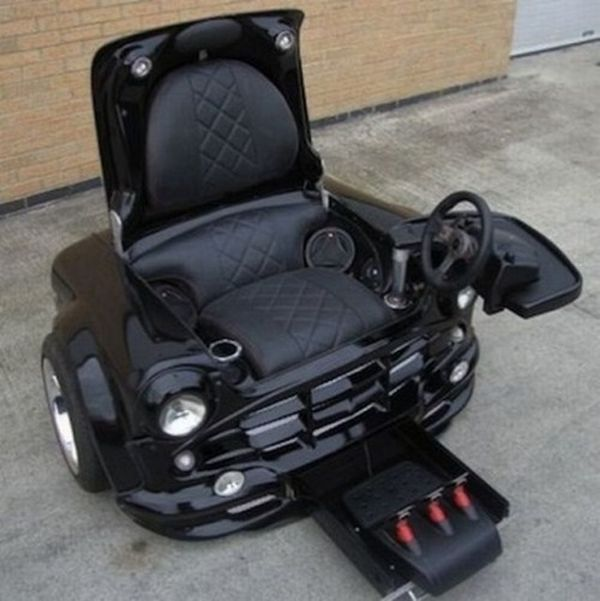 Computer Gaming Chair Made from the Car (3 pics)