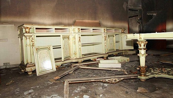 Inside the Destroyed Gaddafi's Mountain Lair (11 pics)