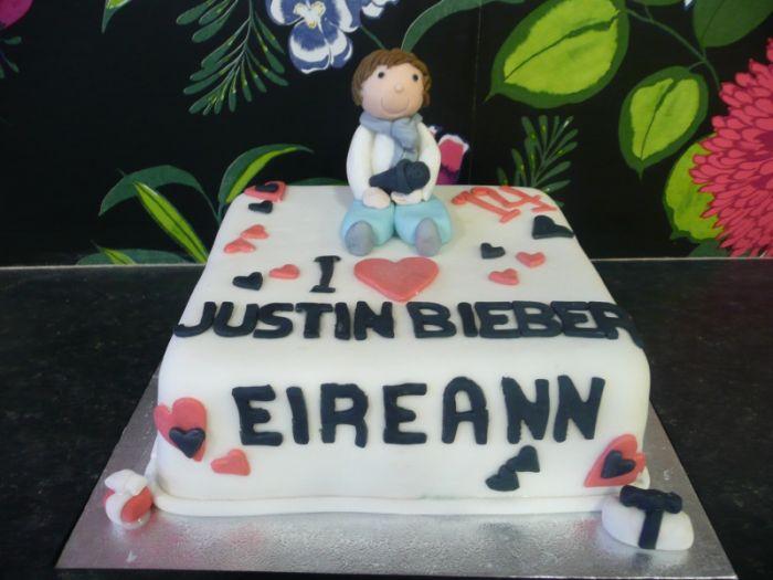 Justin Bieber Cakes (16 pics)