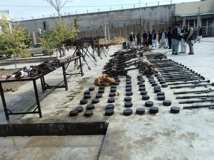 Weapons Confiscated from Taliban (9 pics)
