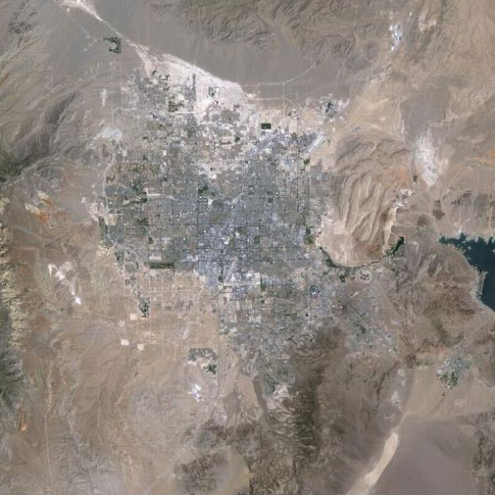 The Expansion of Cities From Above (20 pics)