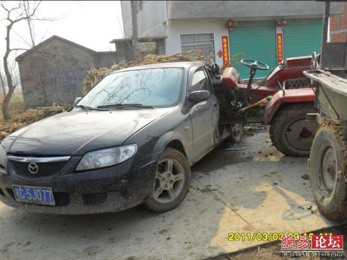 Tractor vs Car (7 pics)