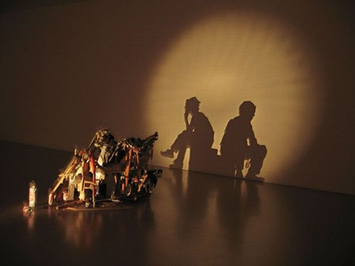 Amazing Shadow Art (21 pics)