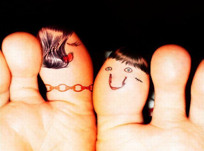 The Secret Life of Fingers (76 pics)