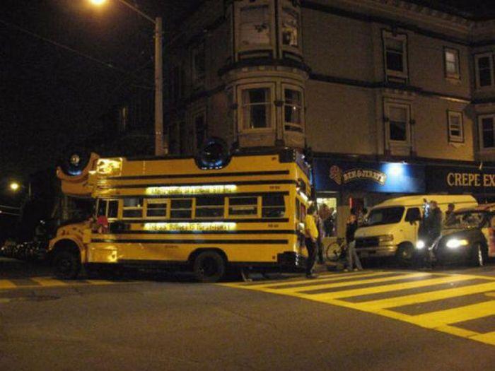 Double-Decker School Bus (7 pics)
