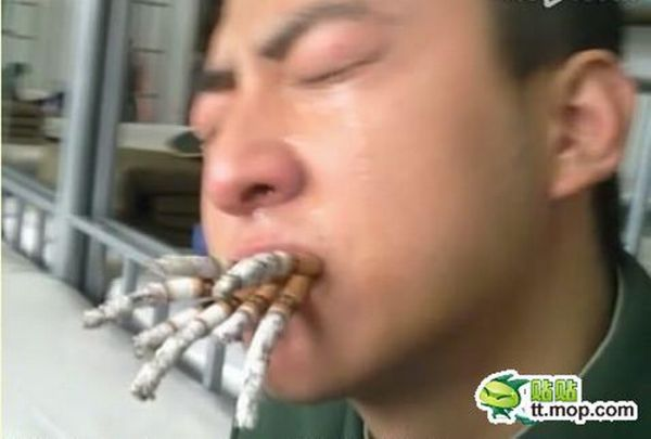 Chinese Army Soldiers Quit Smoking (6 pics)
