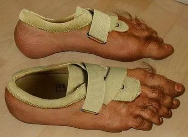 Most Crazy Shoes Ever (13 pics)