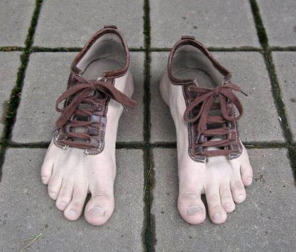 Most Crazy Shoes Ever (13 pics)