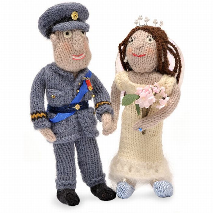 Knitted Royal Wedding (10 pics)