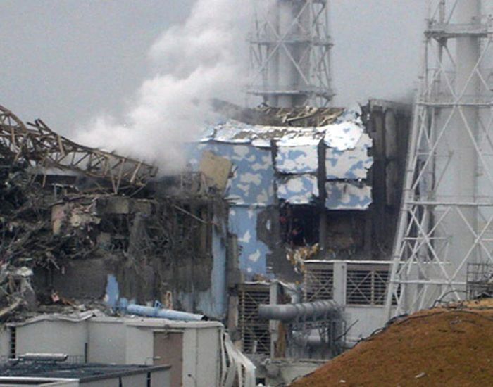 Damaged Fukushima Dai-ichi Nuclear Power Plant (40 pics)