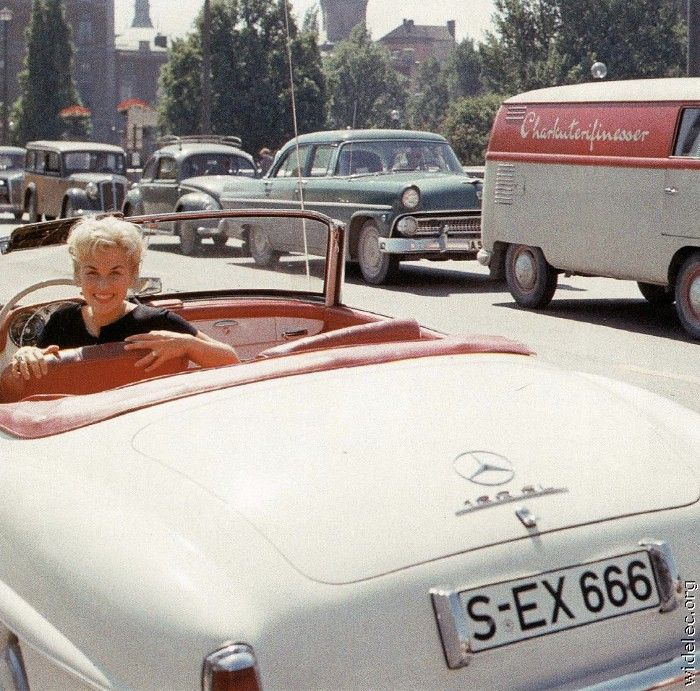 Collection of Famous Retro Photos (98 pics)
