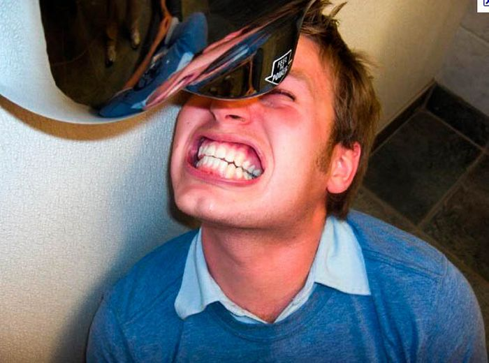 Hand Dryer to the Face (27 pics)