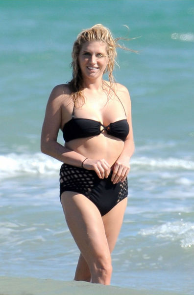 Ke$ha Gained Some Extra Weight (11 pics)