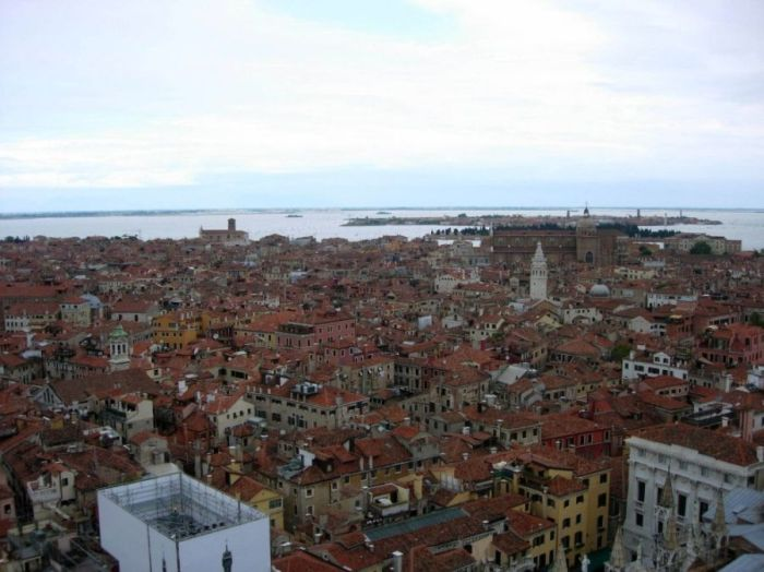 Venice from Above (17 pics)