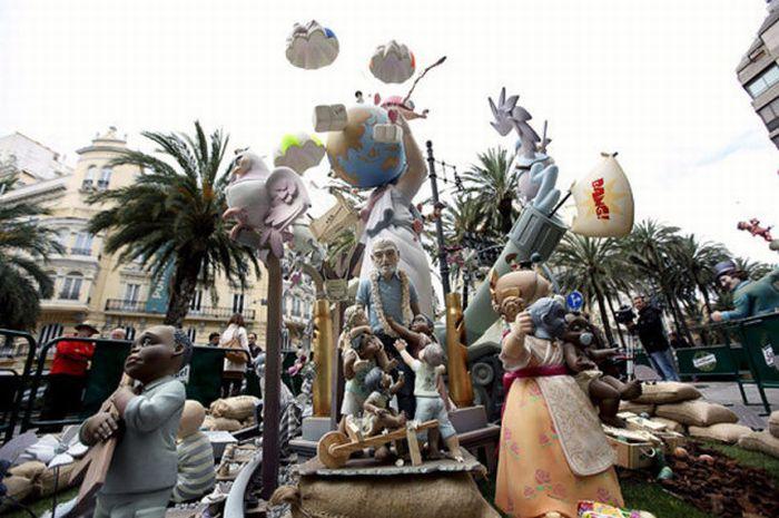Saint Joseph Celebration in Valencia, Spain (25 pics)