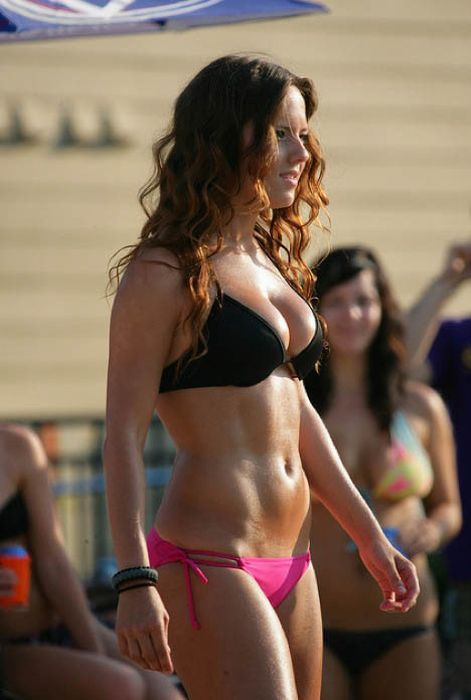 Las Vegas Pool Parties (59 pics)