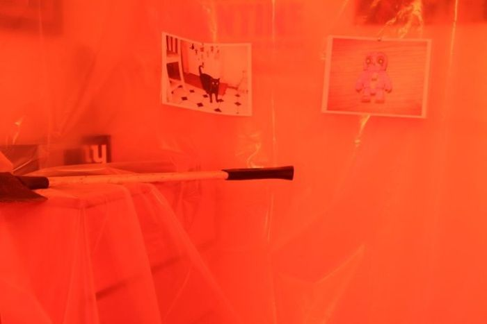 "Dexter ""Kill Room"" Prank (13 pics)"