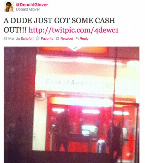 Wow! Watching People Having Sex in a Bank of America! (8 pics)
