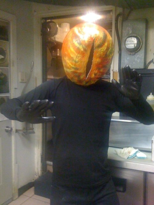 Hand Made Sauron Costume (5 pics)