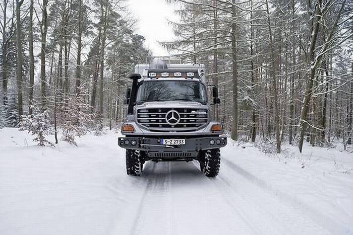 Mercedes-Benz Hunter X6 (24 pics)