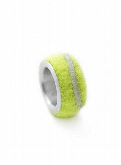 Second Life for Tennis Balls (21 pics)