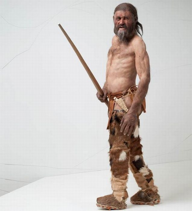 Reconstruction of 5,000 Year Old Iceman (4 pics)