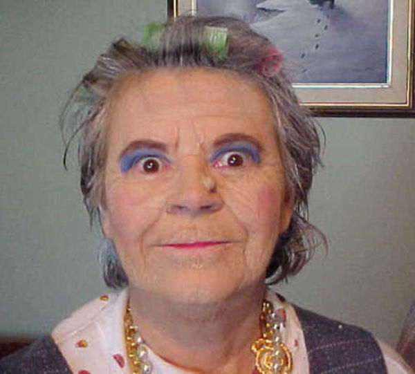 Odd and Funny Old People  (25 pics)