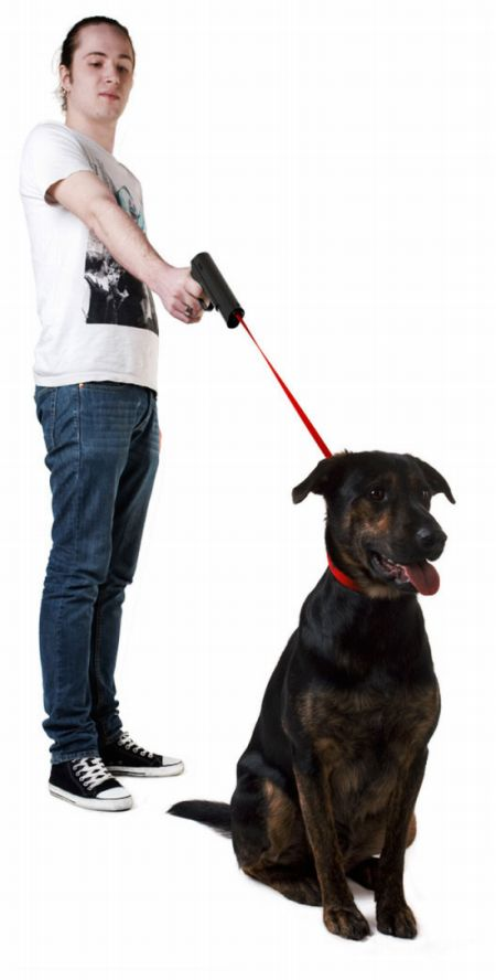 Gun-Leash For Pets (3 pics)