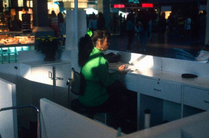 U.S. Shopping Malls in 1989 (37 pics)