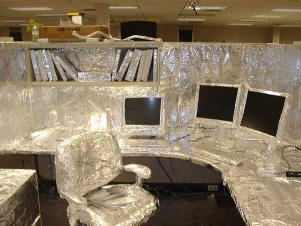 funny office pranks. Funny Office Pranks (20 pics)
