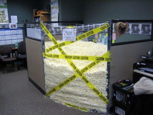 Funny Office Pranks (20 pics)