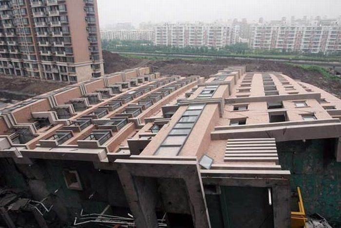 Chinese Construction Fail (13 pics)