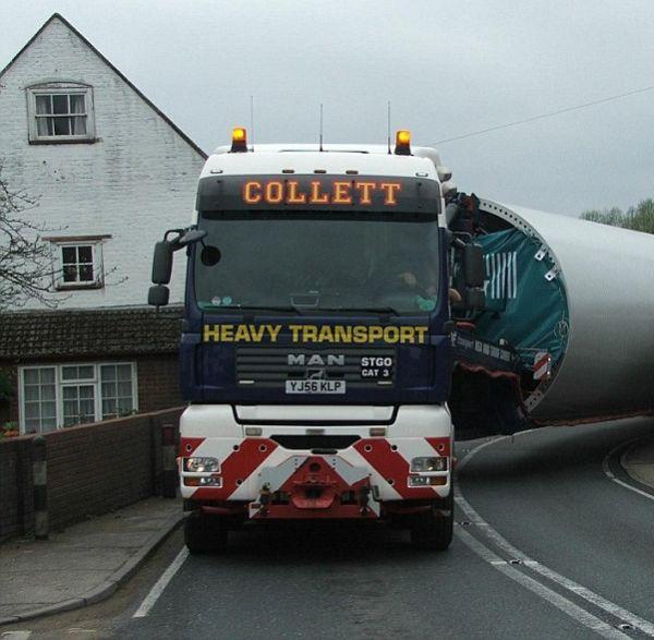 Transportation of The Giant Wind Turbine (3 pics)
