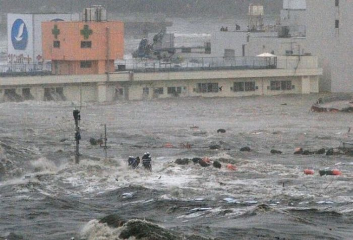 Tsunami Perspective (3 pics)