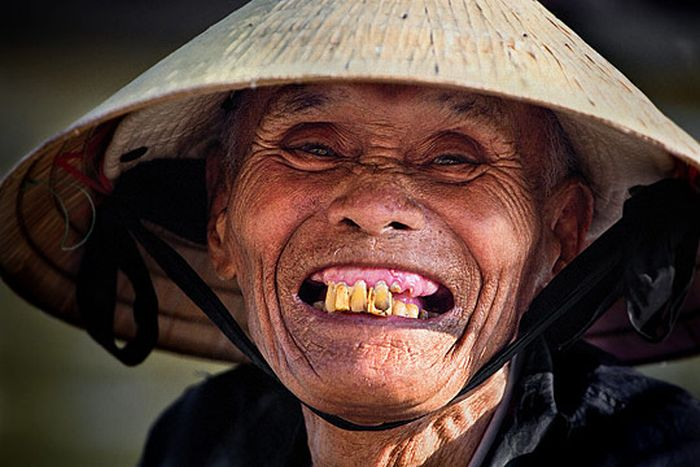 Smiling People (50 pics)
