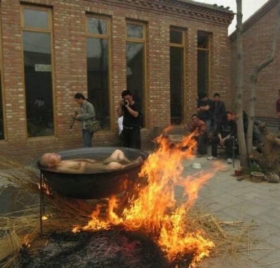 Warm Chinese Bath (1 pic)