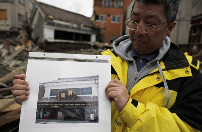 Japan One Month After Disaster (85 pics)