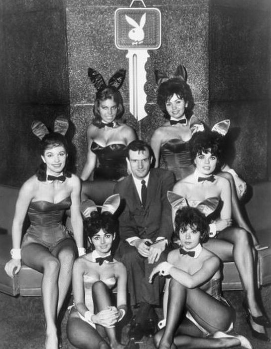 Playboy Bunnies Then and Now (59 pics)