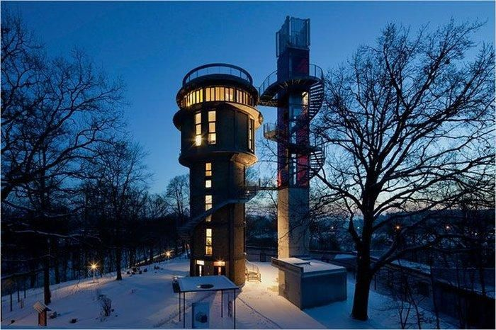 Incredible House Inside a Water Tower (8 pics)