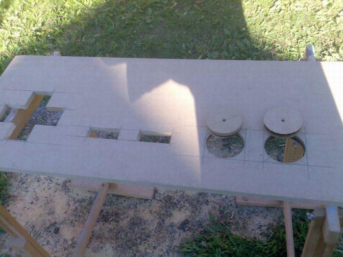 Cool NES Coffee Table (18 pics)