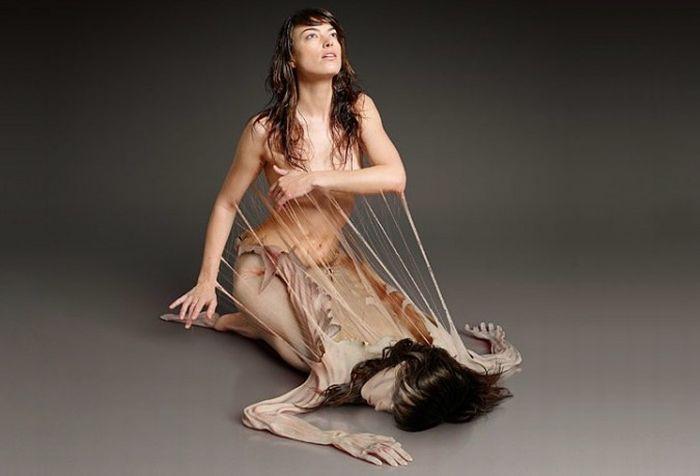 Strange Human Manipulations (13 pics)
