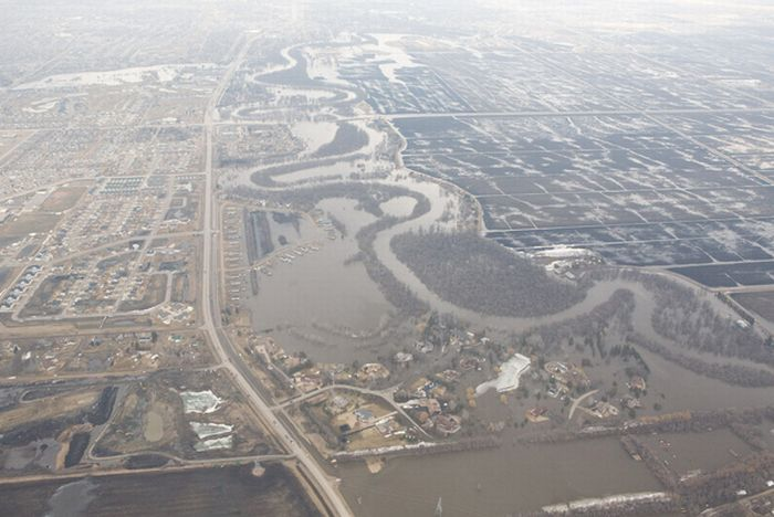 Incredible Red River Flood (50 pics)